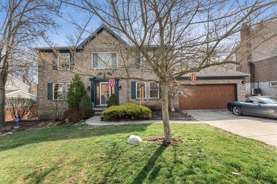 Single Family Home For Sale: 376 Oakwood Park Drive