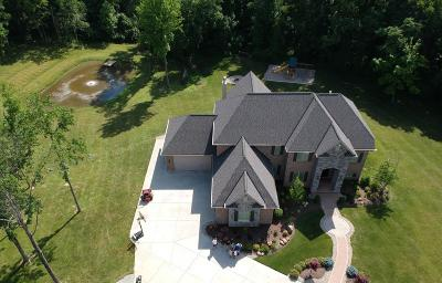 Single Family Home For Sale: 467 Boots Lane