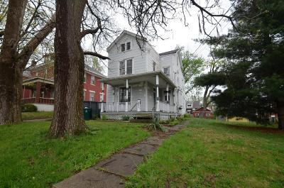Cheviot Single Family Home For Sale: 3828 Glenmore Avenue