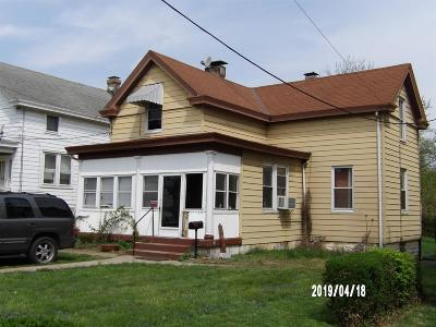 Cincinnati Single Family Home For Sale: 1172 Cedar