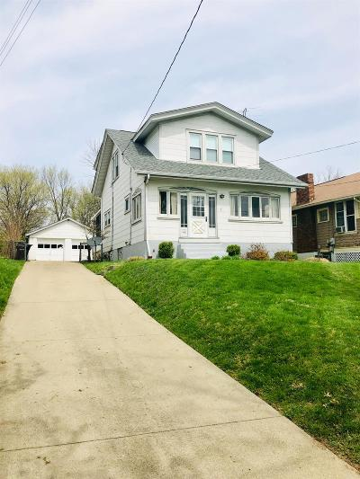 Cincinnati Single Family Home For Sale: 148 Hereford Court