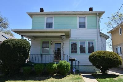 Cincinnati Single Family Home For Sale: 3636 Tamarack Avenue
