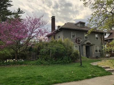 Hamilton Single Family Home For Sale: 685 Marcia Avenue