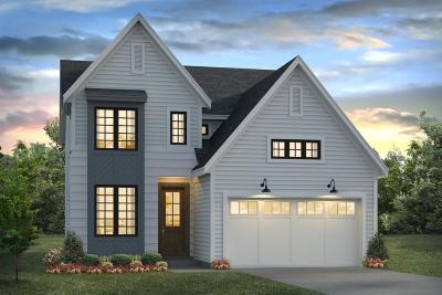 Blue Ash Single Family Home For Sale: 9712 Monroe Avenue