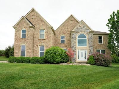 Deerfield Twp. Single Family Home For Sale: 8214 Pineleigh Court