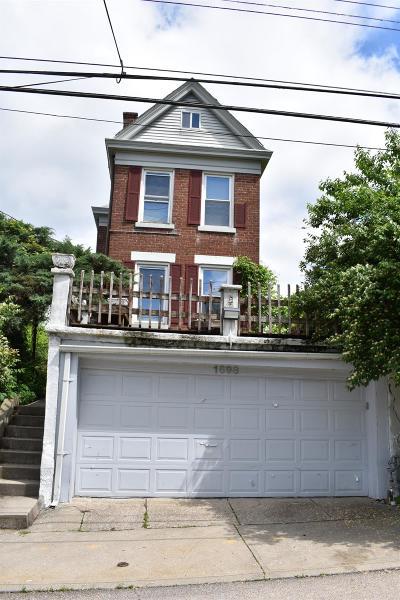 Norwood Single Family Home For Sale: 1698 Sherman Avenue