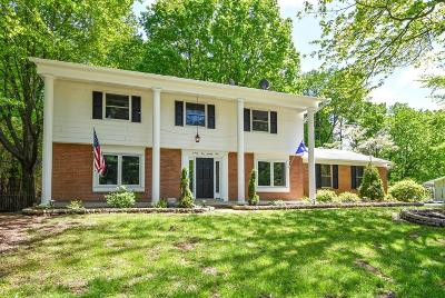 Blue Ash Single Family Home For Sale: 9494 Bluewing Terrace