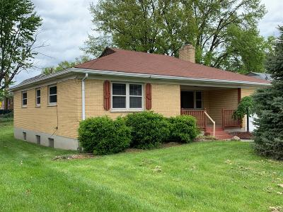 Hamilton County, Butler County, Warren County, Clermont County Single Family Home For Sale: 4236 Applegate Avenue