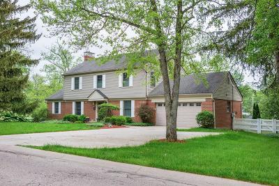 Madeira Single Family Home For Sale: 6982 Pineneedle Lane
