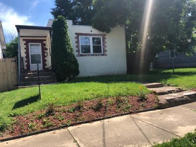 Hamilton Single Family Home For Sale: 1325 Goodman Avenue