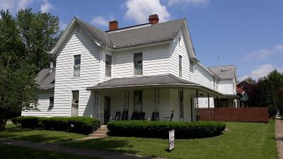 Highland County Single Family Home For Sale: 138 S Fourth Street