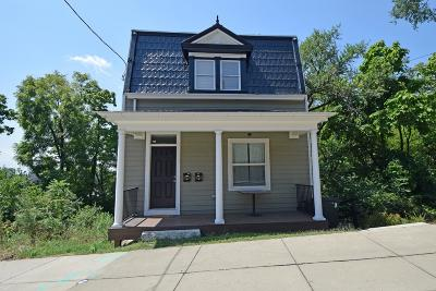 Cincinnati Single Family Home For Sale: 105 W Clifton Avenue
