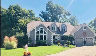Single Family Home For Sale: 6534 Stonehenge Boulevard