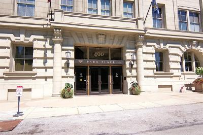Cincinnati Condo/Townhouse For Sale: 400 Pike Street #812