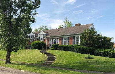 Hamilton Single Family Home For Sale: 5 Kathy Court