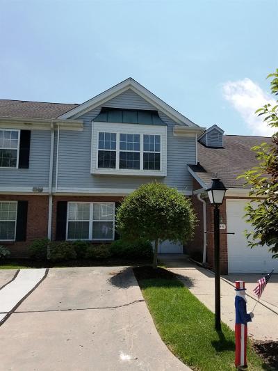 Green Twp Condo/Townhouse For Sale: 5213 Fox Ridge Drive #302