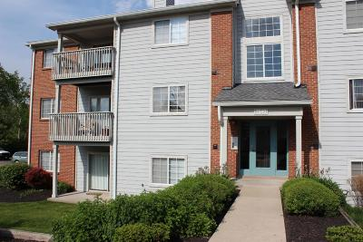 Butler County Condo/Townhouse For Sale: 7540 Shawnee Lane #137