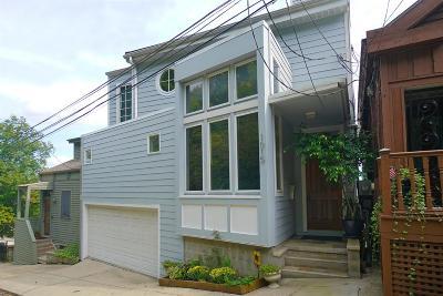 Cincinnati Single Family Home For Sale: 1015 Hill Street