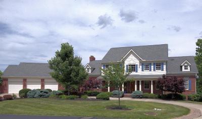 Middletown Single Family Home For Sale: 4611 Deer Run