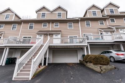 Cincinnati Condo/Townhouse For Sale: 3450 Golden Avenue #9
