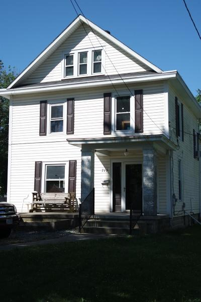 Blanchester OH Single Family Home For Sale: $139,900
