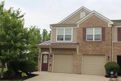 Cincinnati Condo/Townhouse For Sale: 7756 Bridge Point Drive