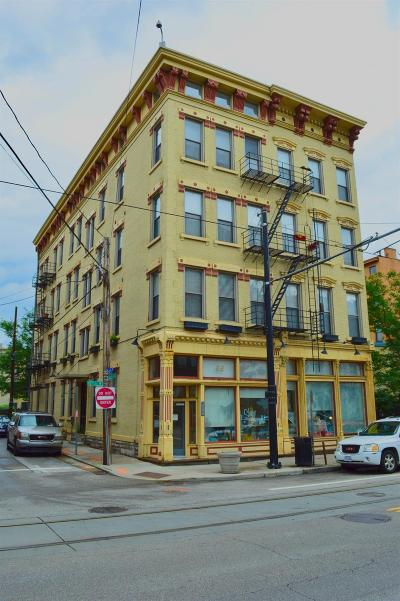 Cincinnati Condo/Townhouse For Sale: 20 W Twelfth Street #203
