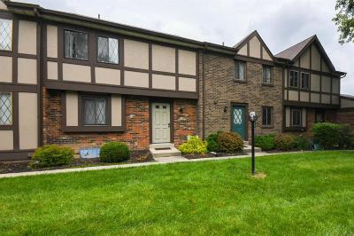 West Chester Condo/Townhouse For Sale: 7455 Saxony Drive