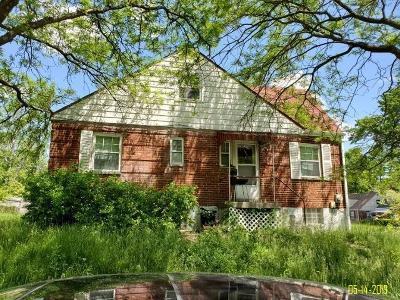 Cincinnati Single Family Home For Sale: 7901 Granville Lane