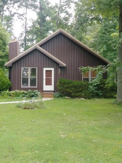 Brown County Single Family Home For Sale: 107 Omaha Drive