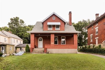 Cincinnati Single Family Home For Sale: 1246 Sunset Avenue