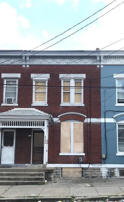 Cincinnati Single Family Home For Sale: 1022 Ross Avenue