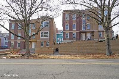 Cincinnati Condo/Townhouse For Sale: 2307 Victory Parkway