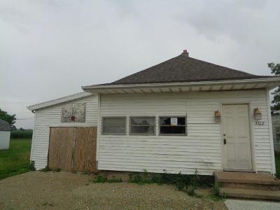 Preble County Single Family Home For Sale: 302 Eaton Street