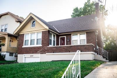 Cheviot Single Family Home For Sale: 3407 Alta Vista Avenue