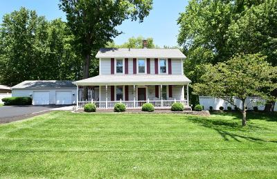 Blue Ash Single Family Home For Sale: 4752 Alpine Avenue
