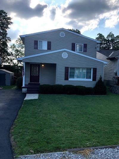 Blue Ash Single Family Home For Sale: 11113 Wood Avenue