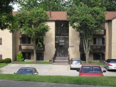 Fairfield Condo/Townhouse For Sale: 2050 Augusta Boulevard #153