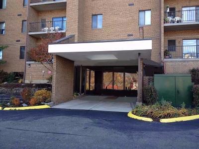 Cincinnati Condo/Townhouse For Sale: 3004 Glenmore Avenue #309
