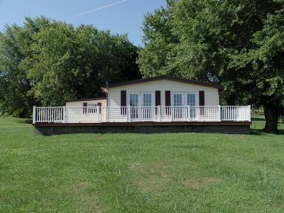Highland County Single Family Home For Sale: 7544 Fenner Lane