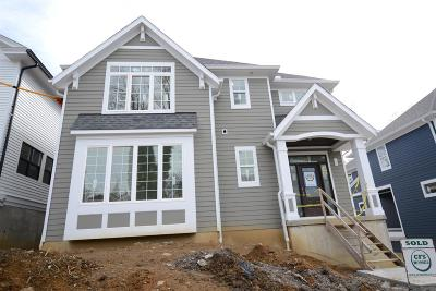 Cincinnati Single Family Home For Sale: 1228 Grace Avenue