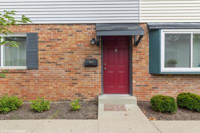 Cincinnati Condo/Townhouse For Sale: 7752 Montgomery Road #70