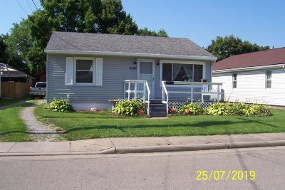 Warren County Single Family Home For Sale: 305 Pike Street
