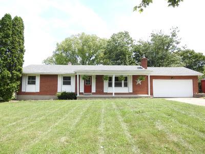 Hamilton Single Family Home For Sale: 3818 Eaton Road