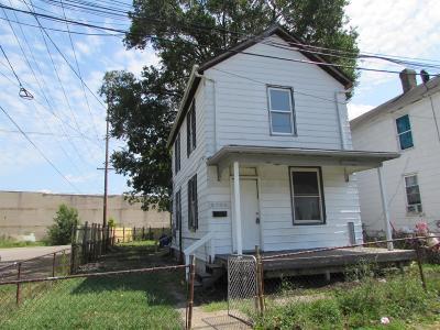 Hamilton Single Family Home For Sale: 2304 Elbe Avenue