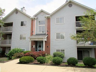 West Chester Condo/Townhouse For Sale: 7636 Shawnee Lane #103