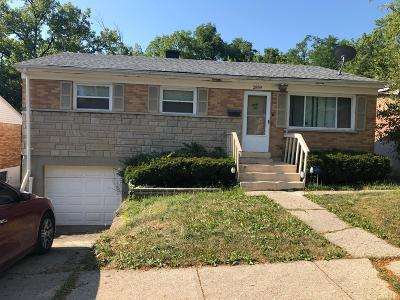 Cincinnati Single Family Home For Sale: 2859 Orland