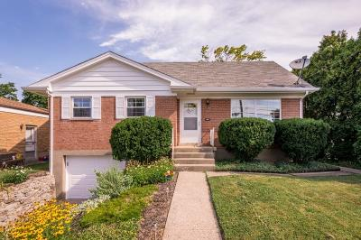 Cincinnati OH Single Family Home For Sale: $139,900