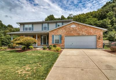 Butler County Single Family Home For Sale: 585 Riverbend Court