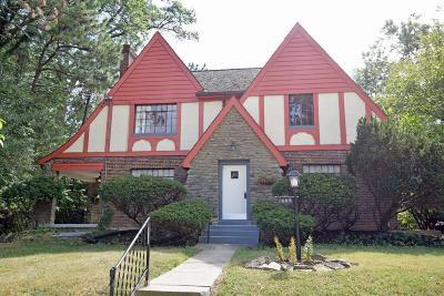 Cincinnati Single Family Home For Sale: 1605 N Dixon Circle